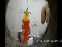 shower by spy cam-Hometied.com