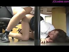 Office Lady In Pantyhose Sucking Guy Getting Her Pussy Fucked Cum To Ass In The Office