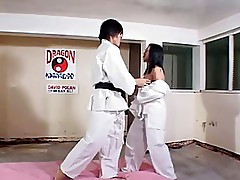 Hot Dojo workout-kick ass-by PACKMANS