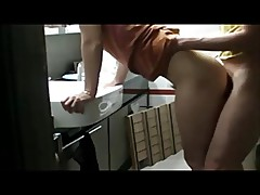 Curvy chick on amazing homemade sex tape