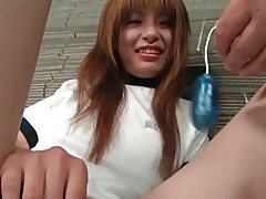 Teenage asian cutie vibing her clit in close-up
