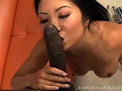 Kayla Lynn learns to love black wang
