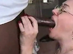 Mature housewife fucking young black stud